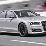 RS246_Audi_S8_plus_001