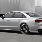 RS246_Audi_S8_plus_005